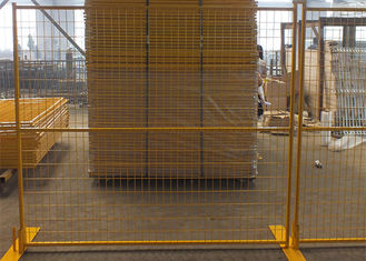 China Welded Wire Mesh Canada Temporary Fencing Bright Colored With Aesthetic Effects supplier