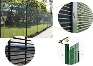 China Stong tension anti climb cut 358 security mesh fencing for prison military supplier