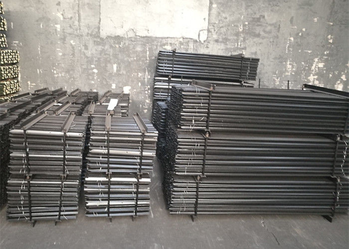 Steel Material Painted Y Fence Post Straight Shape For Protection