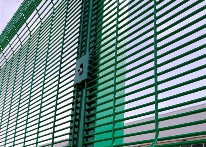 Quality Testing I Powder Coating 358 Security Wire Mesh Fence