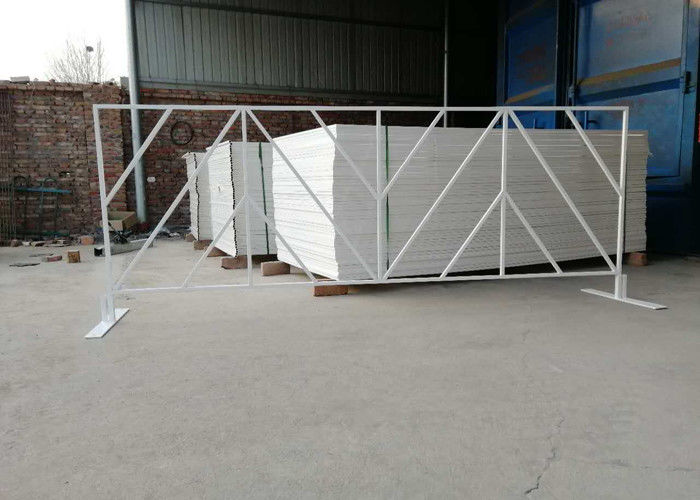 Pvc Coated Crowd Control Barriers Square Tube 25X25MM For Event
