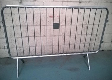 Removable Galvanized Crowd Control Barriers Frame Pipe 40MM OD For USA
