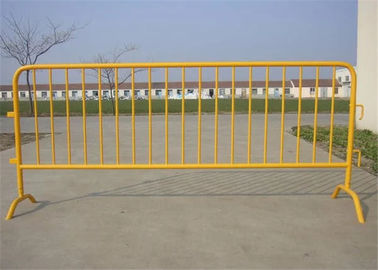 China Galvanized Steel Portable Crowd Control Barricades For Road Traffic Safety factory