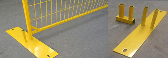 Yellow Canada Temporary Fencing , Welded Steel Wire Mesh For Exhibitions