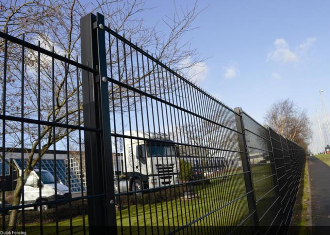 Public Grounds Steel Mesh Fencing / Security Fence Panels Anti - Oxidation
