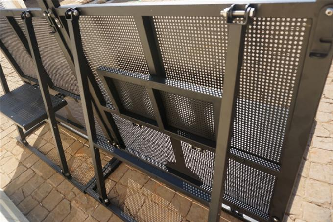 Road Crowd Safety Barriers , Crowd Control Barricades 1.2x1.1x1.2 Meter